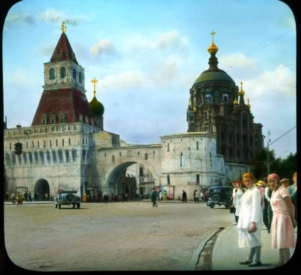 Старая Москва, Владимирские ворота на Лубянской площади