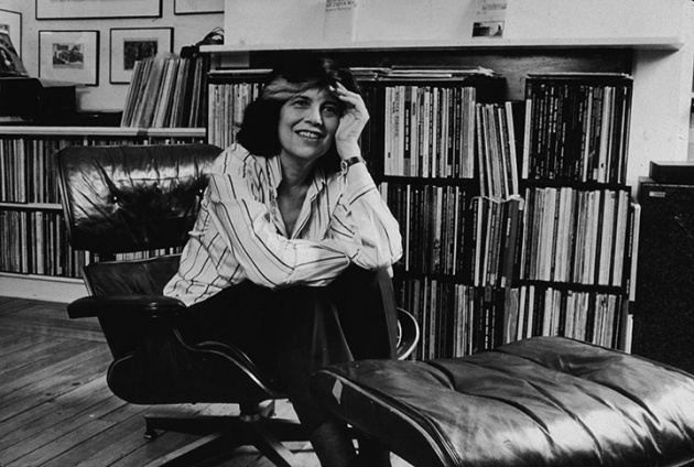 Portrait of American author and critic Susan Sontag by Edward Hausner/New York Times Co./Getty Images)