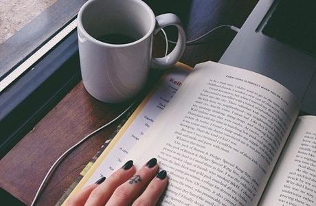 В дороге: 11 книг, которые помогут скоротать путь
