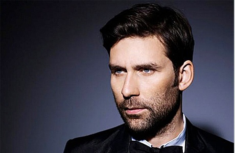 Новая музыка: Jamie Lidell, Robert Delong, Azari & III, Kanye West, Guards, Ambassadeurs и Memory Tapes